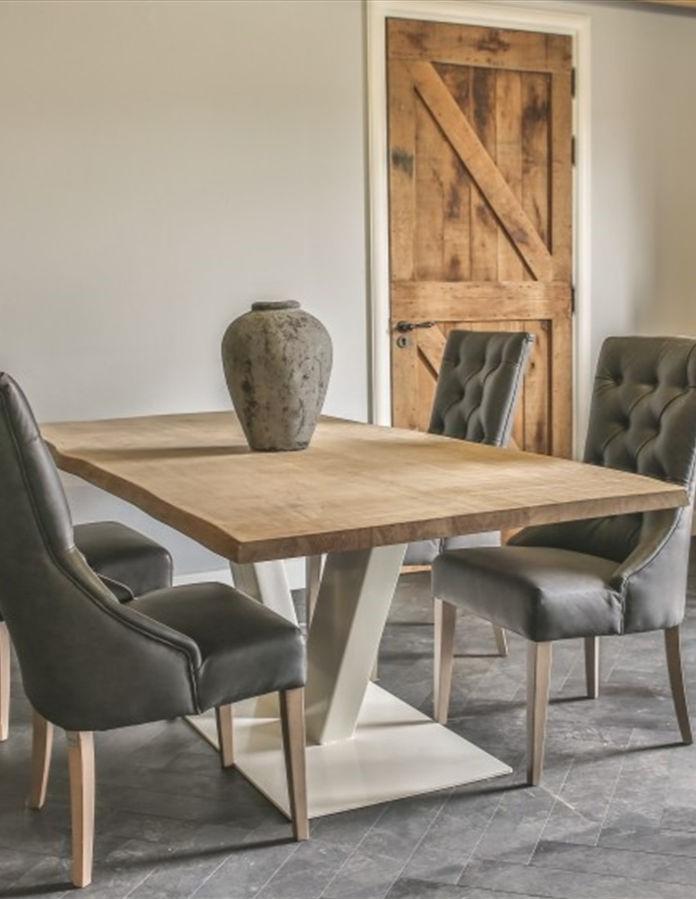 Tisch mit V-Fuß weiß Hoch